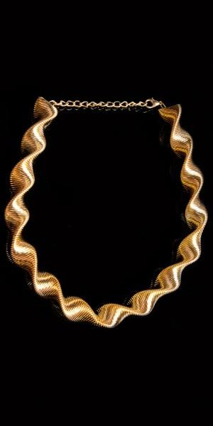 Elegante Spiralhalskette