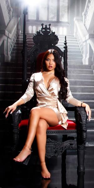 Sexy Koucla Satin Look Kleid mit Volant