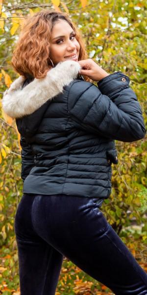 Trendy Kurze Winterjacke mit Kapuze